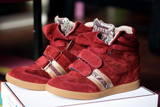 красный стиль