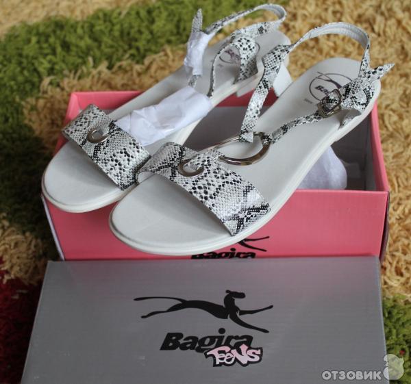 стильные сандалии